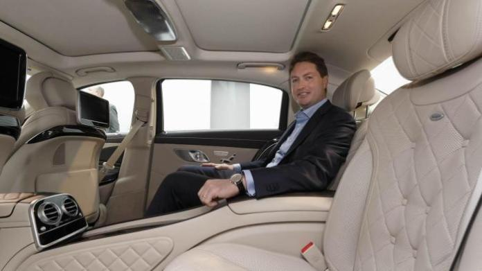 Mercedes-Maybach S600 (1)