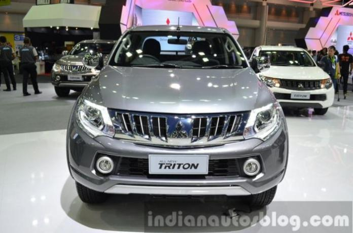 Mitsubishi Triton live at Thailand International Motor Expo 2014 (3)