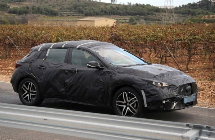 Spy Photos Infiniti QX30 (3)