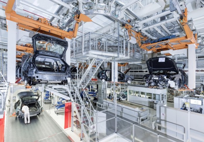 audi-ramps-up-a3-e-tron-plug-in-hybrid-production-in-ingolstadt_3