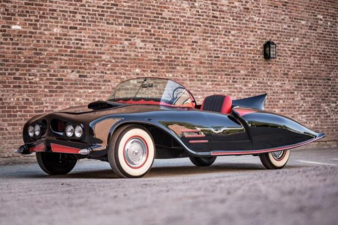 batmobile-robinson-1963-0005