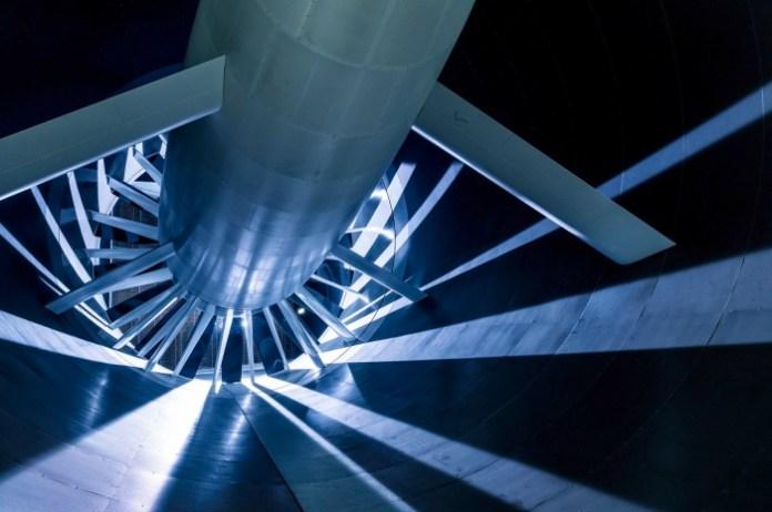 Mercedes-Benz new aeroacoustics wind tunnel