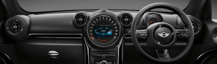 mini-launches-limited-run-black-knight-edition-models-in-japan_2