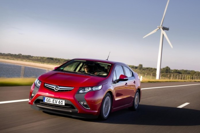 2012-opel-ampera-electric-03