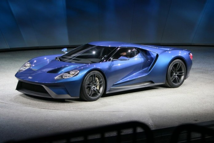 Ford-GT-concept-live3