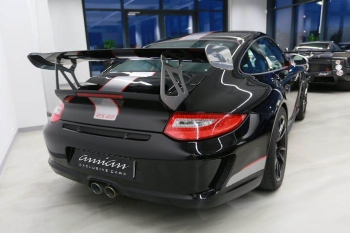 Porsche-911-GT3-RS-4.0-for-sale-4