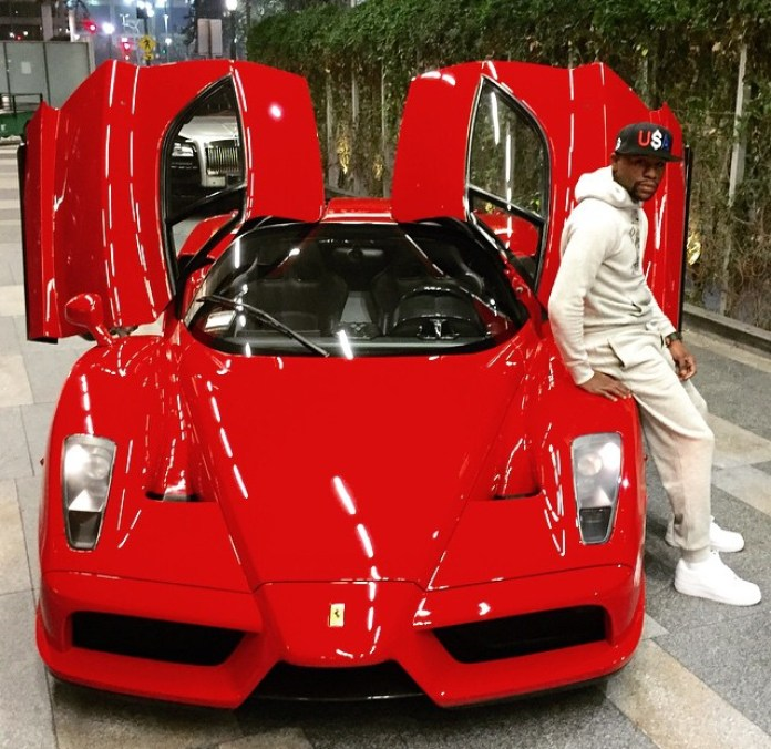 floyd-mayweather-just-bought-a-ferrari-enzo-prior-to-possible-manny-pacquiao-fight-91496_1