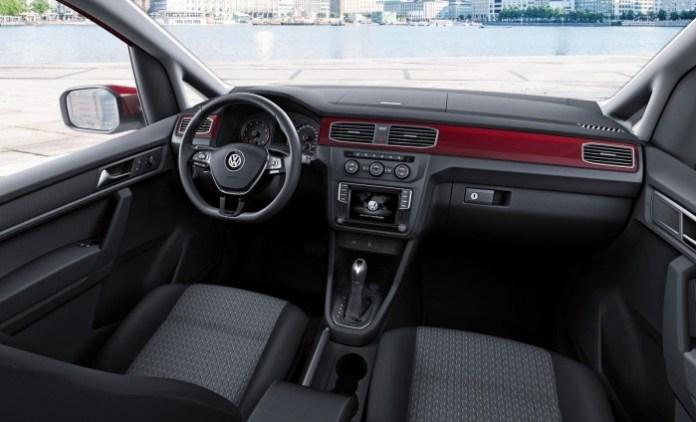 2015 Volkswagen Caddy (5)