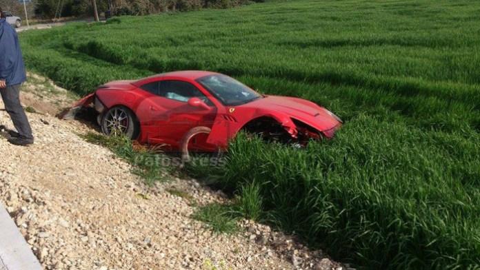 Ferrari California crashed (3)