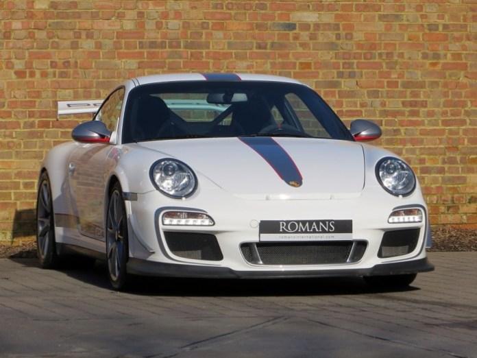 Porsche-911-GT3-RS-4.0-16