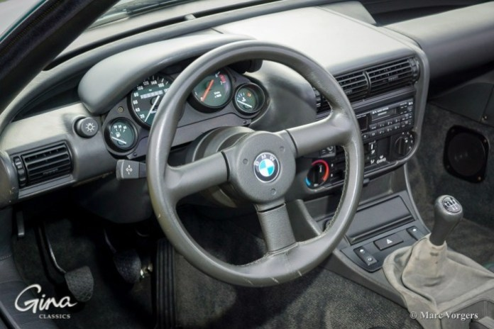 1989-bmw-z1-with-only-888-km-on-the-clock-is-up-for-grabs-photo-gallery_4