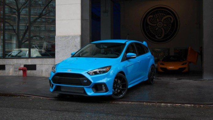 Ford_Focus_RS_USspec03
