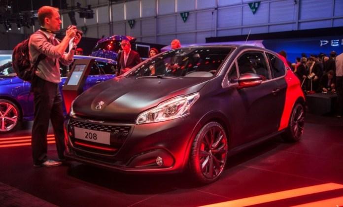 Peugeot-Sport-208-GTi-2047
