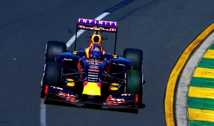 MELBOURNE, AUSTRALIA - MARCH 13: Daniil Kvyat of Russia and Infiniti Red Bull Racing drives during practice for the Australian Formula One Grand Prix at Albert Park on March 13, 2015 in Melbourne, Australia. (Photo by Clive Mason/Getty Images)