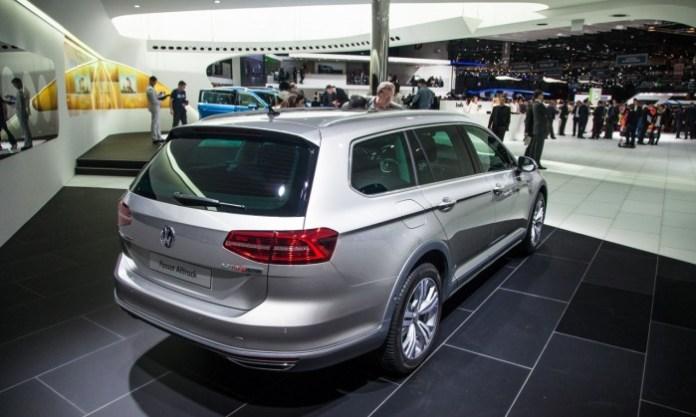 Volkswagen-Passat-Alltrack-2289