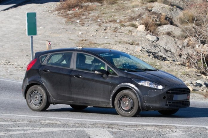 next generation ford fiesta 2017 mule (2)