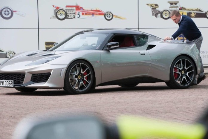Daniel Craig and Lotus Evora 400