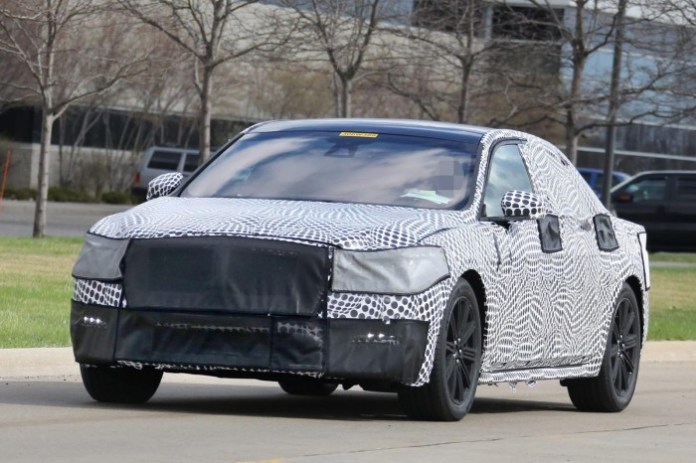 Lincoln Continental 2017 Spy Photos (1)