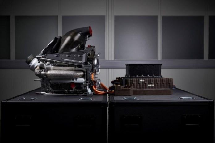 Mercedes-Benz PU106B-Hybrid