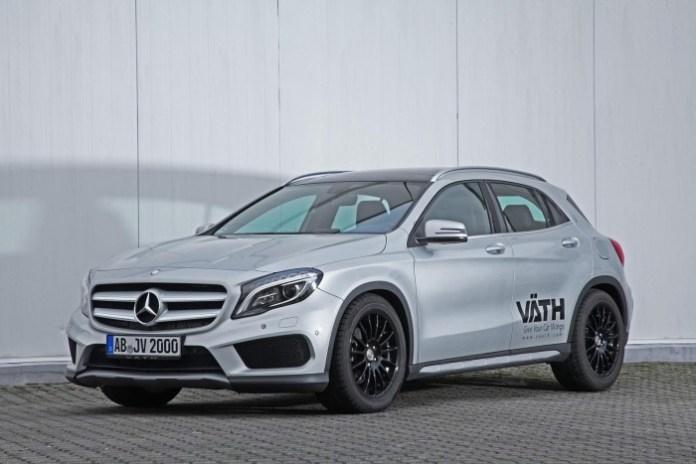 Mercedes-Benz_GLA200_by_VATH09