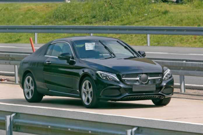 Mercedes C-Class Coupe Spy Photos (2)