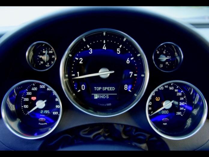 2006_Bugatti_164Veyron12