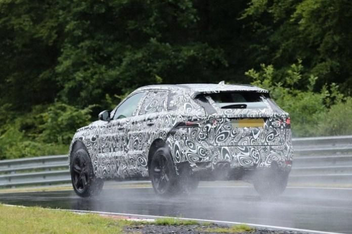 Jaguar F-Pace 2016 Spy Photos (8)