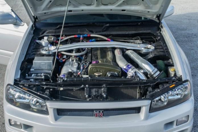 Nissan-Stagea-GT-R18