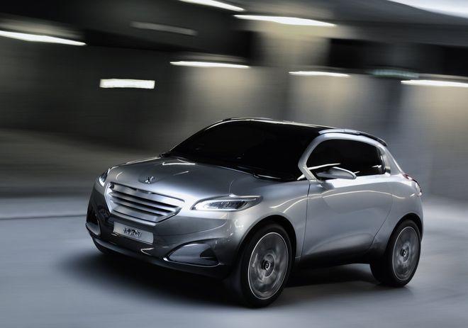 Peugeot-1008-SUV-Prototype-Photo