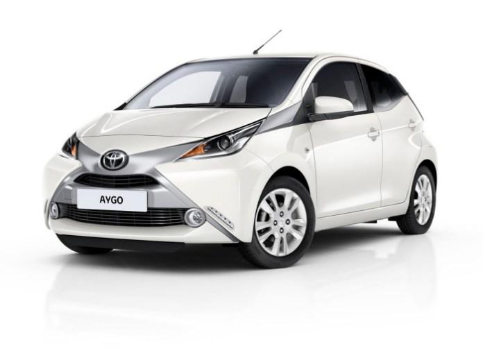 Toyota Aygo X-Pure (1)