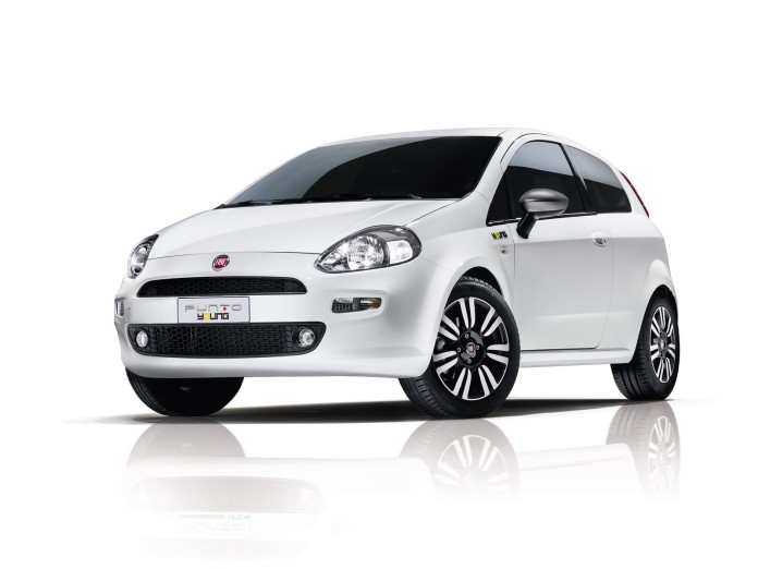 Fiat Punto Young (1)