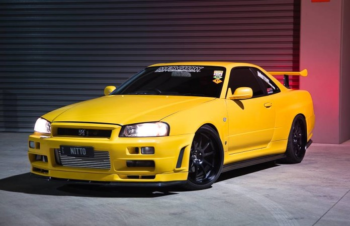 Lightning Yellow Nissan GT-R Skyline V-Spec with 1000 hp (1)