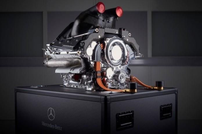 Mercedes-Benz-PU106B-Hybrid