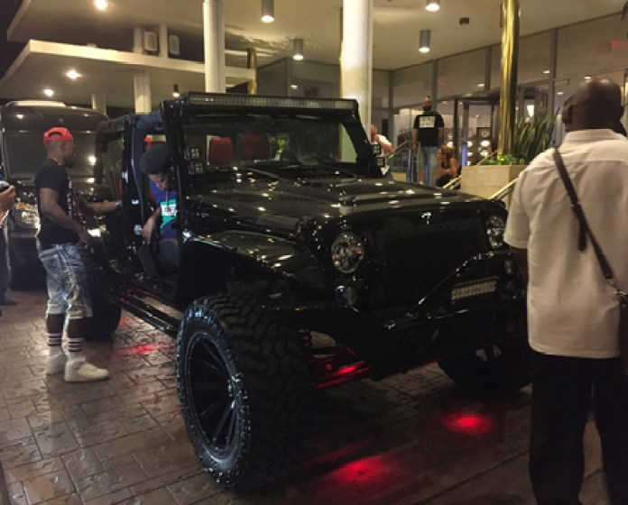 floyd-mayweather-avorza-jeep-photos-019-480w