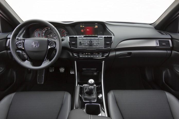 2016-Honda-Accord-Sedan-96