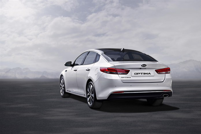 2016 Kia Optima (Euro-spec) 4