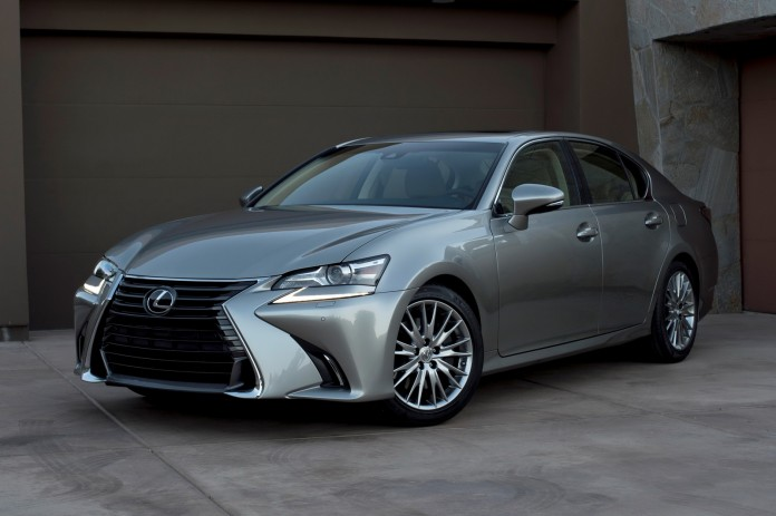 2016-Lexus-GS-200t-2