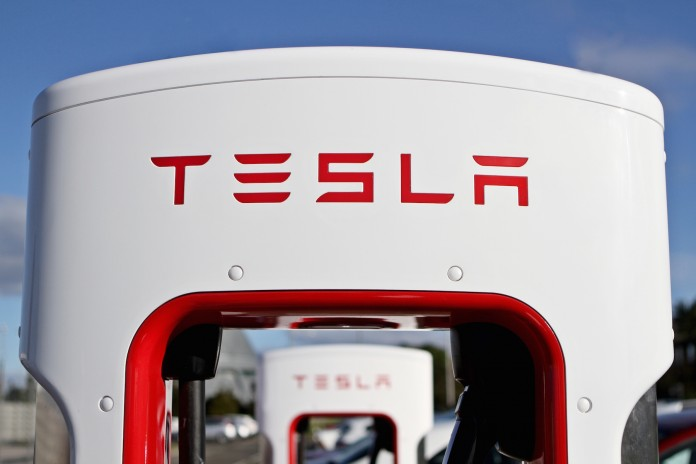 Tesla-Supercharger-1