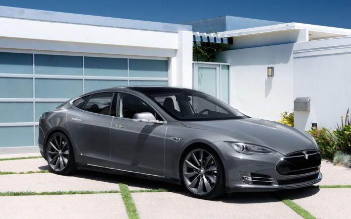 197856_Tesla