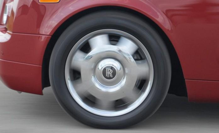 2010-rolls-royce-phantom-drophead-coupe-wheel-photo-293129-s-1280x782