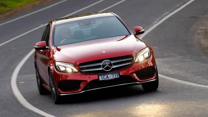 Mercedes-Benz-C250-(7)