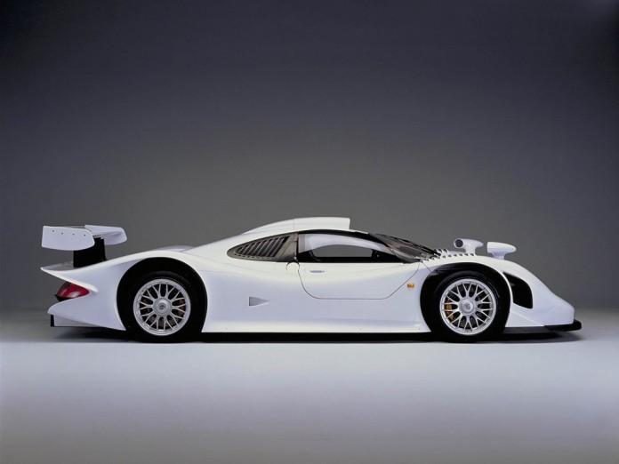 Porsche-GT1-straatversie-1998-wit-09