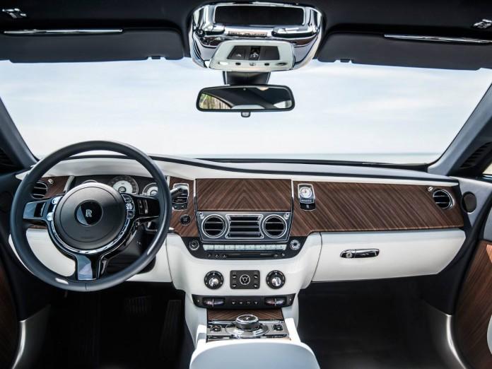 Rolls-Royce Wraith Porto Cervo photos (5)