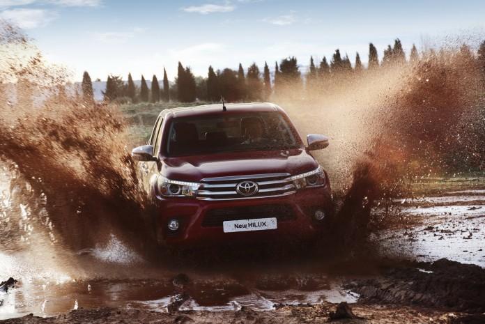 Toyota Hilux 2016 Europe Spec (36)