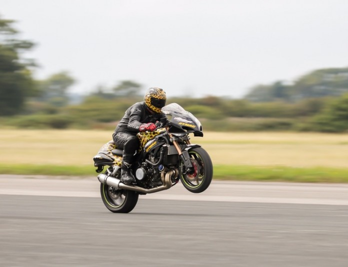 gary-rothwell-wheelie-world-record-14