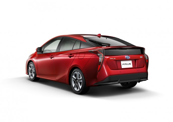 2016-Toyota-Prius-2