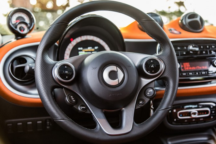 Test_Drive_Smart_ForFour_35
