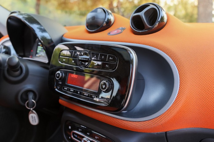 Test_Drive_Smart_ForFour_40