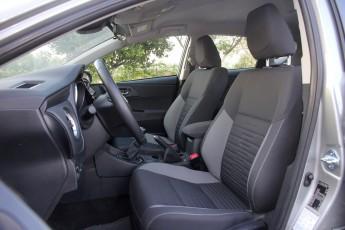 Test_Drive_Toyota_Auris_48