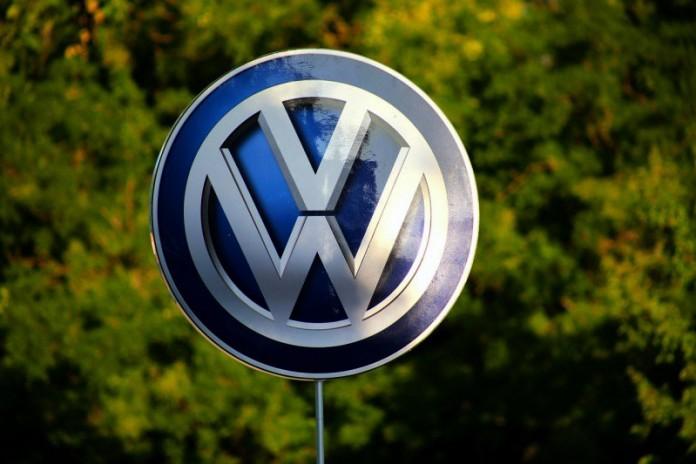 volkswagen vw logo (1)